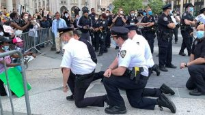 NYPD Attacked By Mob and Bloodied At Brooklyn Bridge